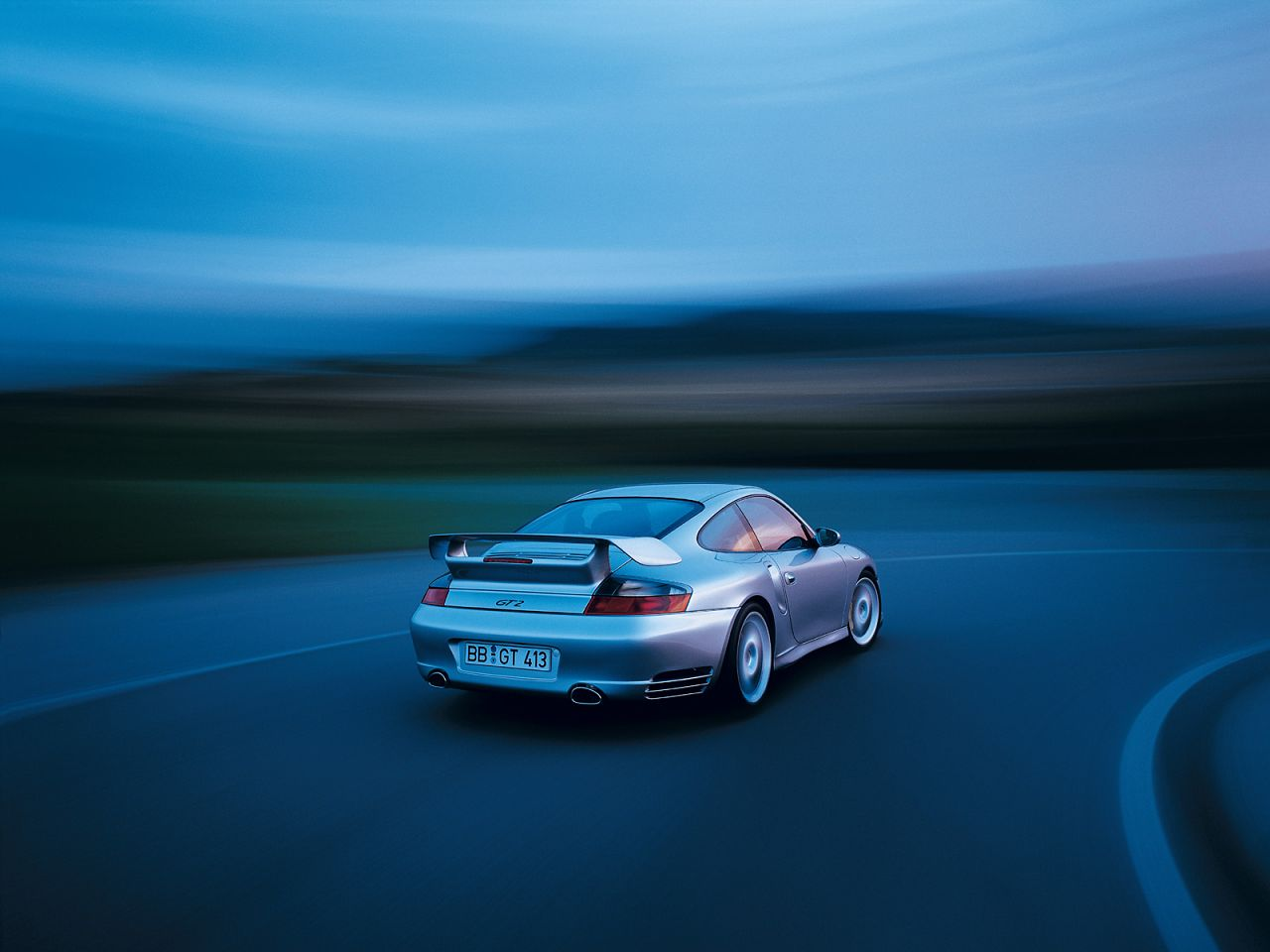 2005 Porsche 911 GT2 Picture